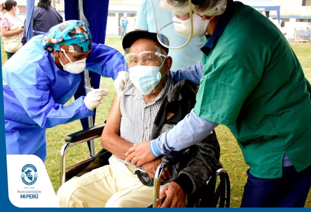 Campaña de vacunación: Adultos mayores de 80 años