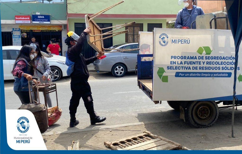 Campaña techo limpio en Mi Perú